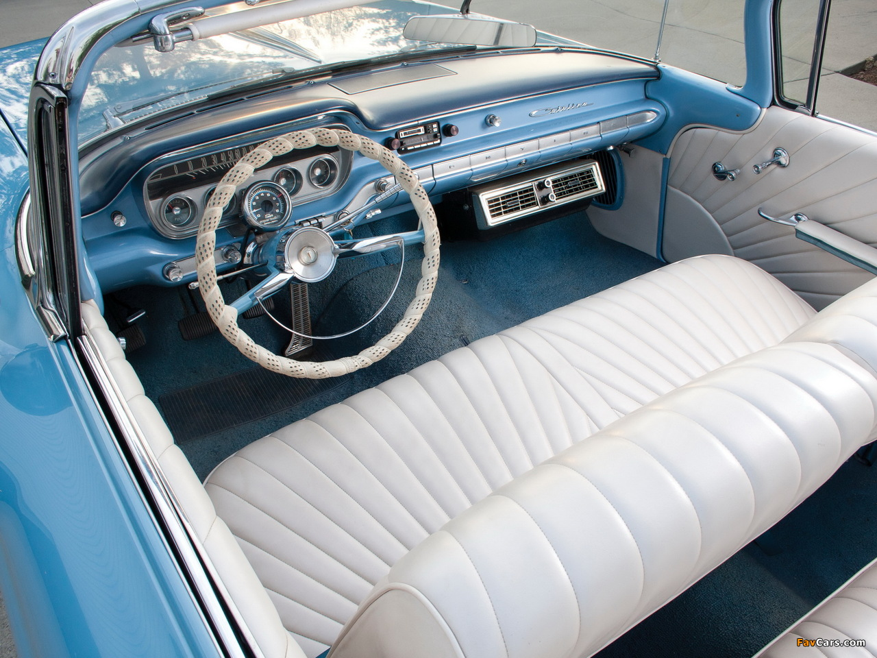 Images of Pontiac Catalina Convertible (2167) 1960 (1280 x 960)