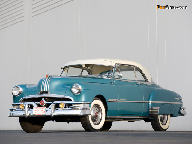 Photos of Pontiac DeLuxe Eight Catalina 1951 (640 x 480)