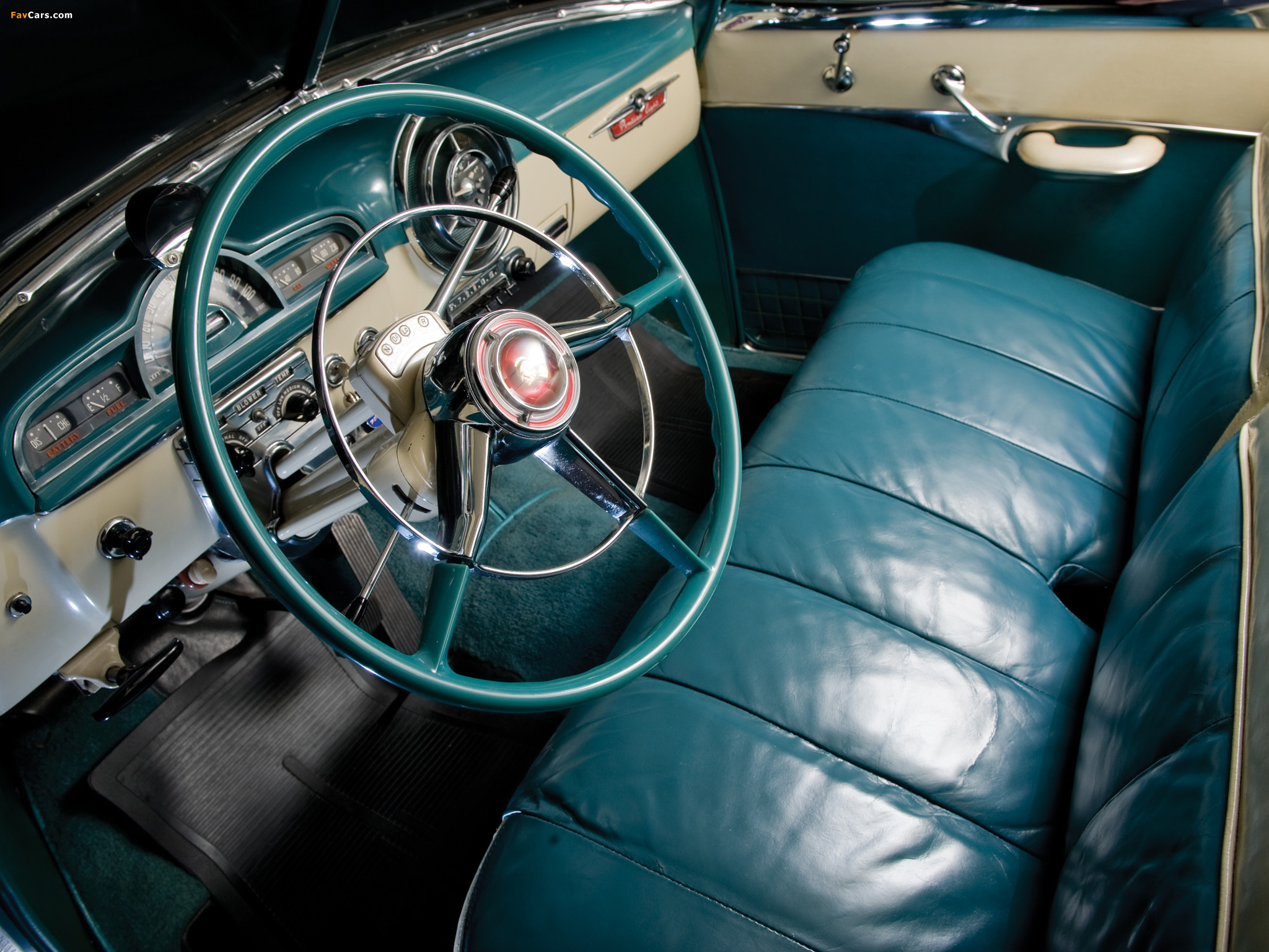 Pictures of Pontiac DeLuxe Eight Catalina 1951 (2048 x 1536)
