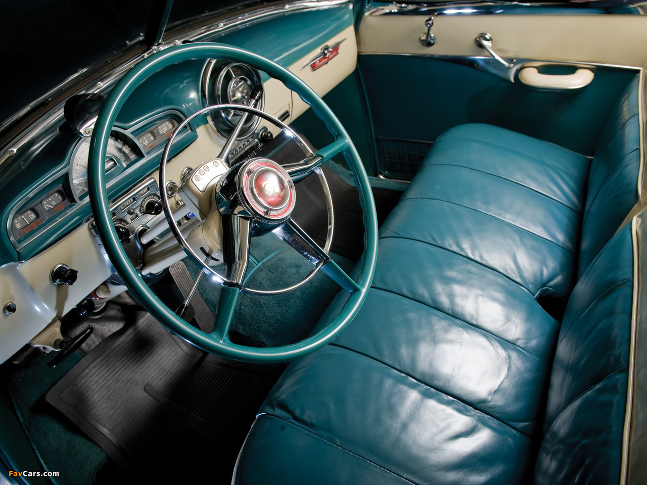Pictures of Pontiac DeLuxe Eight Catalina 1951 (1280 x 960)