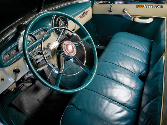 Pictures of Pontiac DeLuxe Eight Catalina 1951 (640 x 480)