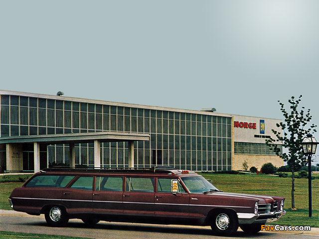 Pontiac Catalina 12-passenger Station Wagon Coach by Armbruster-Stageway 1966 photos (640 x 480)