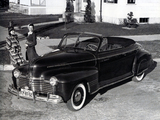 Images of Pontiac DeLuxe Six Convertible Coupe (2567) 1941