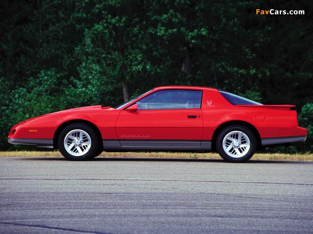 Pontiac Firebird Formula 1990 wallpapers (640 x 480)
