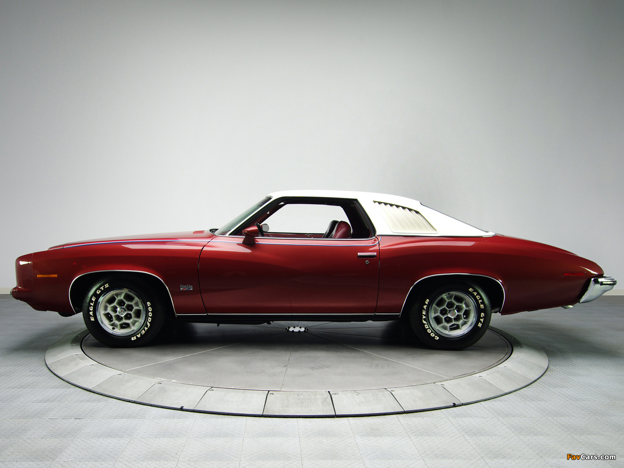Images of Pontiac Grand Am Solonnade Hardtop Coupe (H37) 1973 (1280 x 960)