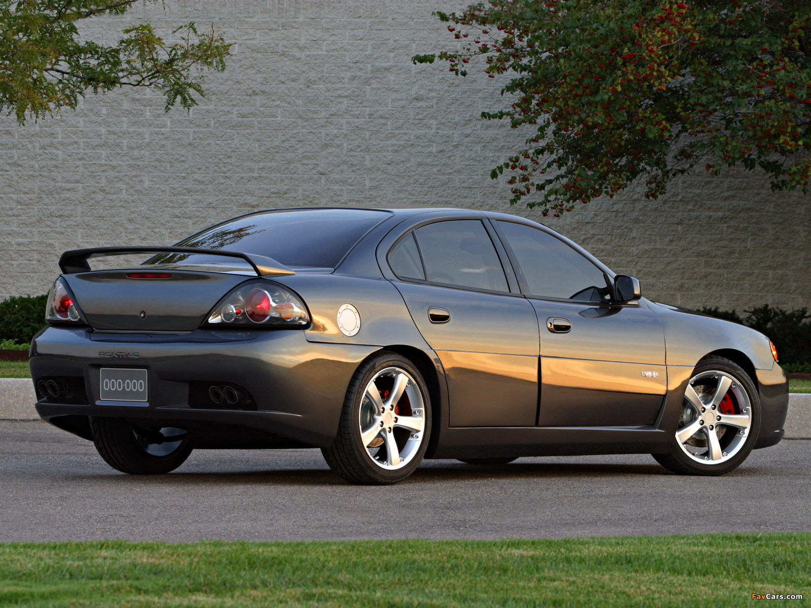 Pontiac Grand Am GXP Concept 2002 photos (1600 x 1200)