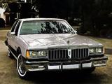 Pontiac Parisienne Brougham Sedan 1983 pictures
