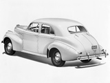 Images of Pontiac Torpedo Eight Touring Sedan (2919) 1940