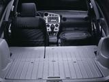 Pontiac Vibe 2002–08 pictures