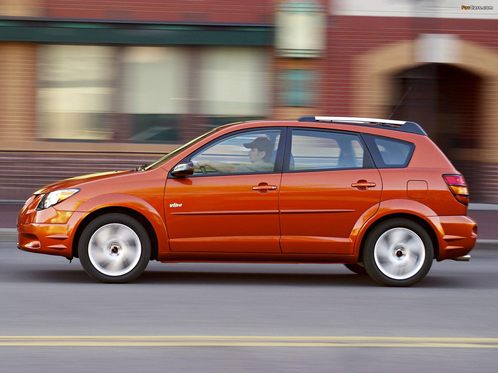 Pontiac Vibe 2002–08 wallpapers (1600 x 1200)