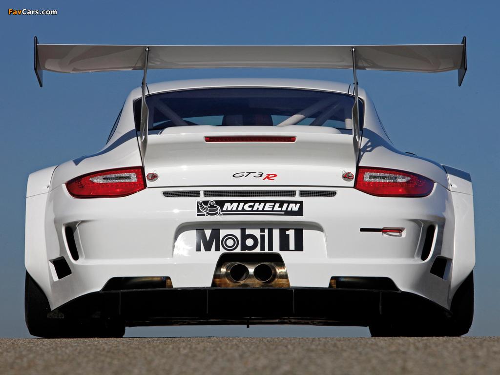 Photos of Porsche 911 GT3 R (997) 2009–12 (1024 x 768)