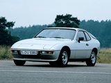 Photos of Porsche 924 Coupe 1976–85