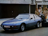 Pictures of Porsche 924 Coupe 1976–85