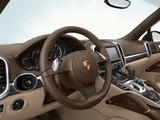 Images of Porsche Cayenne Turbo (958) 2010