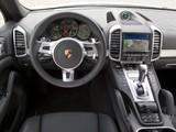 Images of Porsche Cayenne Diesel (958) 2010