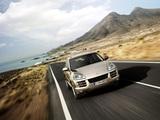 Porsche Cayenne S (957) 2007–10 images