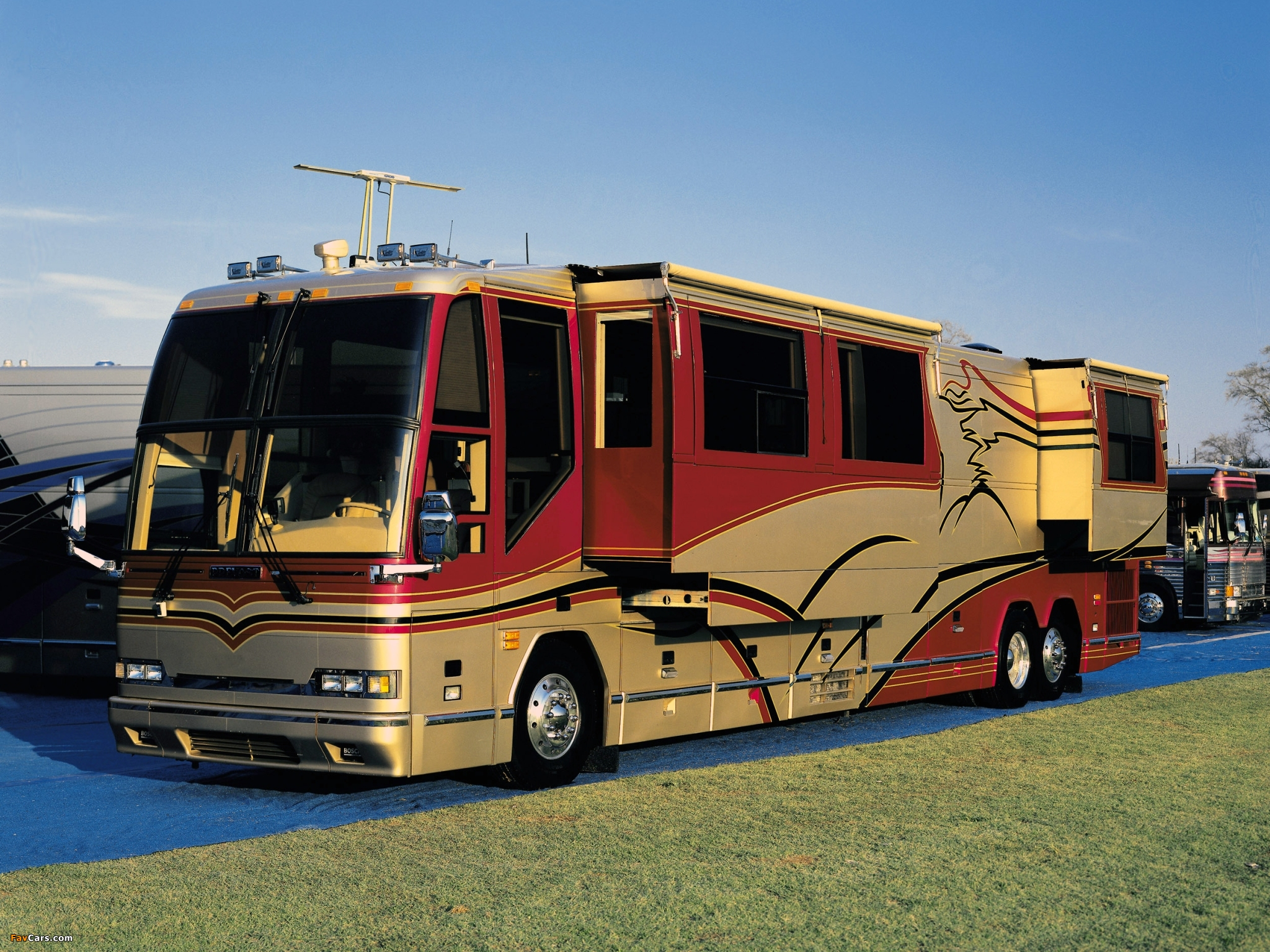 Prevost H3 45 Vip Motorhome 2004 Wallpapers 2048x1536 HD Wallpapers Download Free Images Wallpaper [1000image.com]