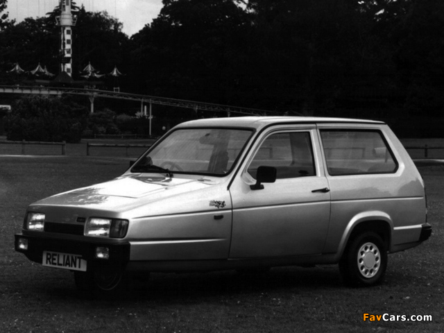 Reliant Robin 21 Anniversary 1994 wallpapers (640 x 480)