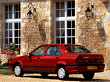 Photos of Renault 19 Chamade 1992–96