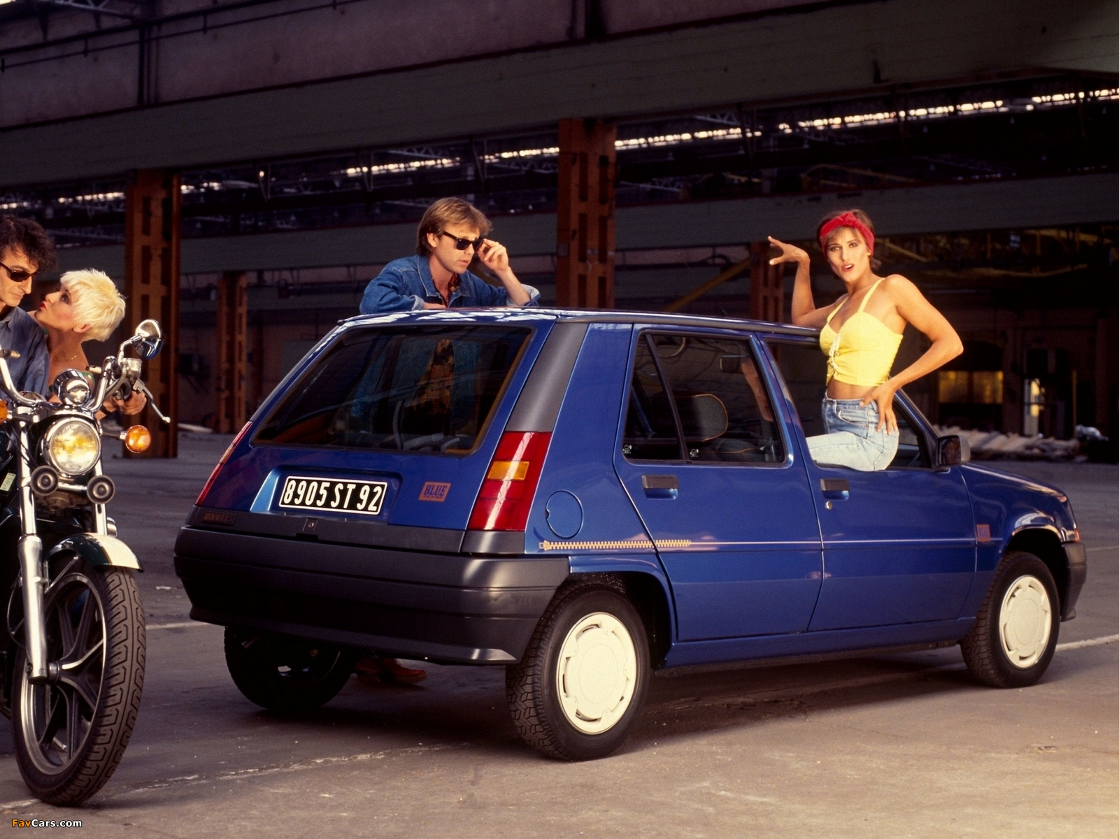 Renault 5 Blue Jeans 1989 photos (1600 x 1200)