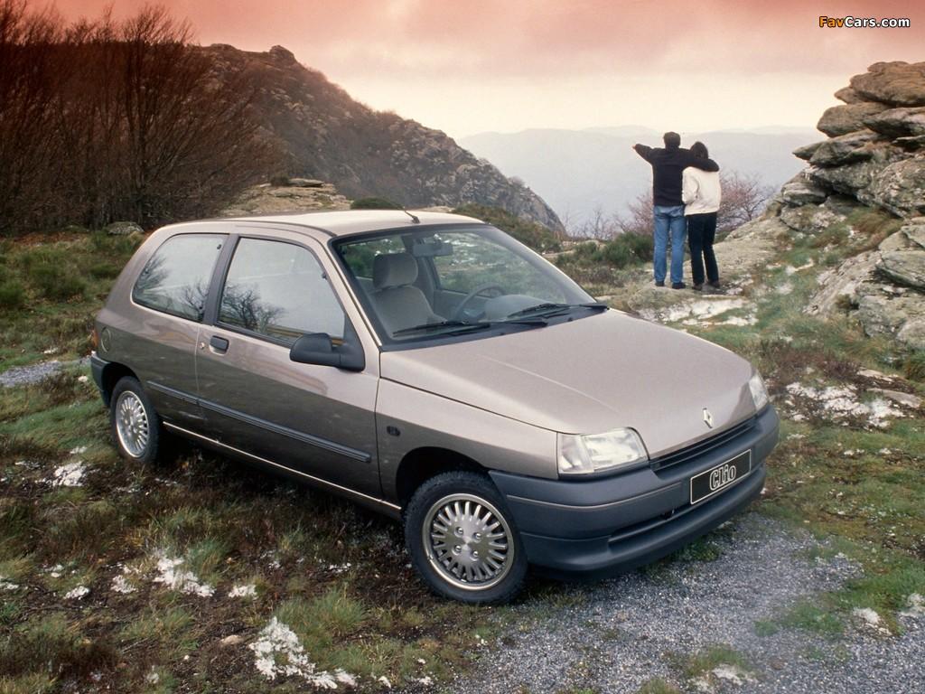 Images of Renault Clio 3-door 1990–94 (1024 x 768)