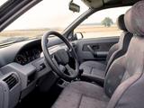 Images of Renault Clio 3-door 1990–97