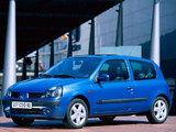 Images of Renault Clio 3-door 2001–05