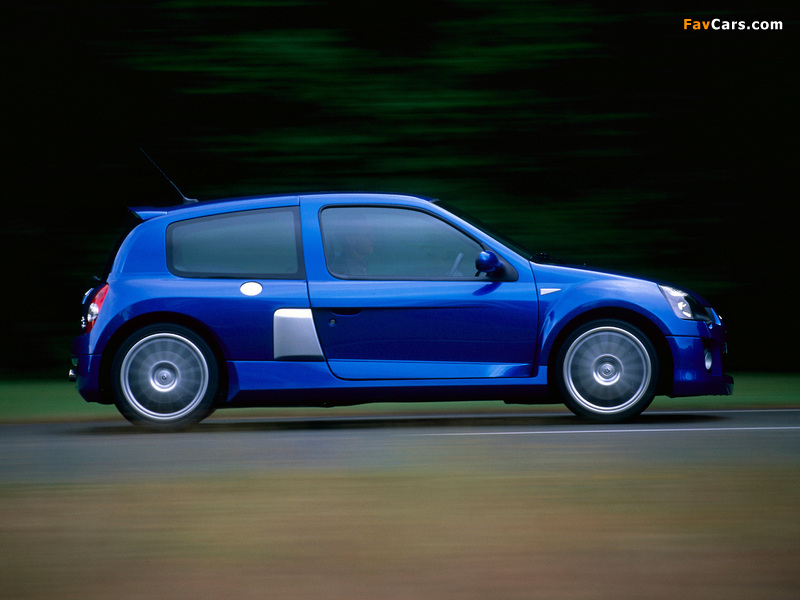 Images of Renault Clio V6 Sport 2003–04 (800 x 600)