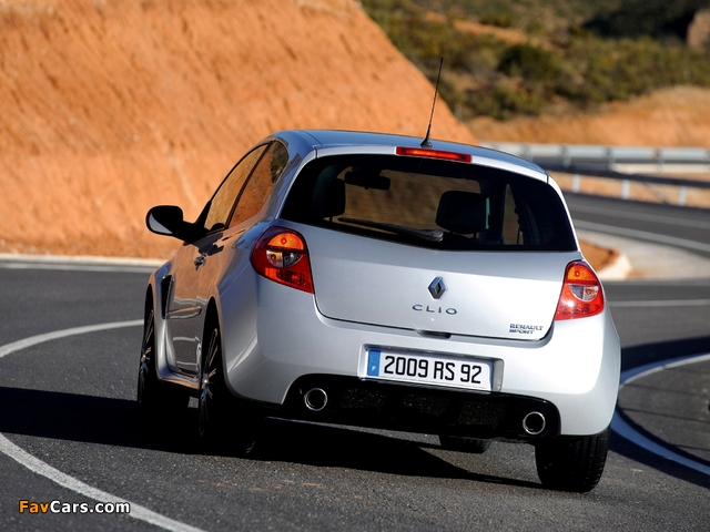 Images of Renault Clio RS 2006–09 (640 x 480)