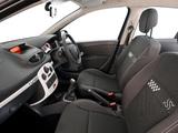 Images of Renault Clio S 5-door ZA-spec 2010–12