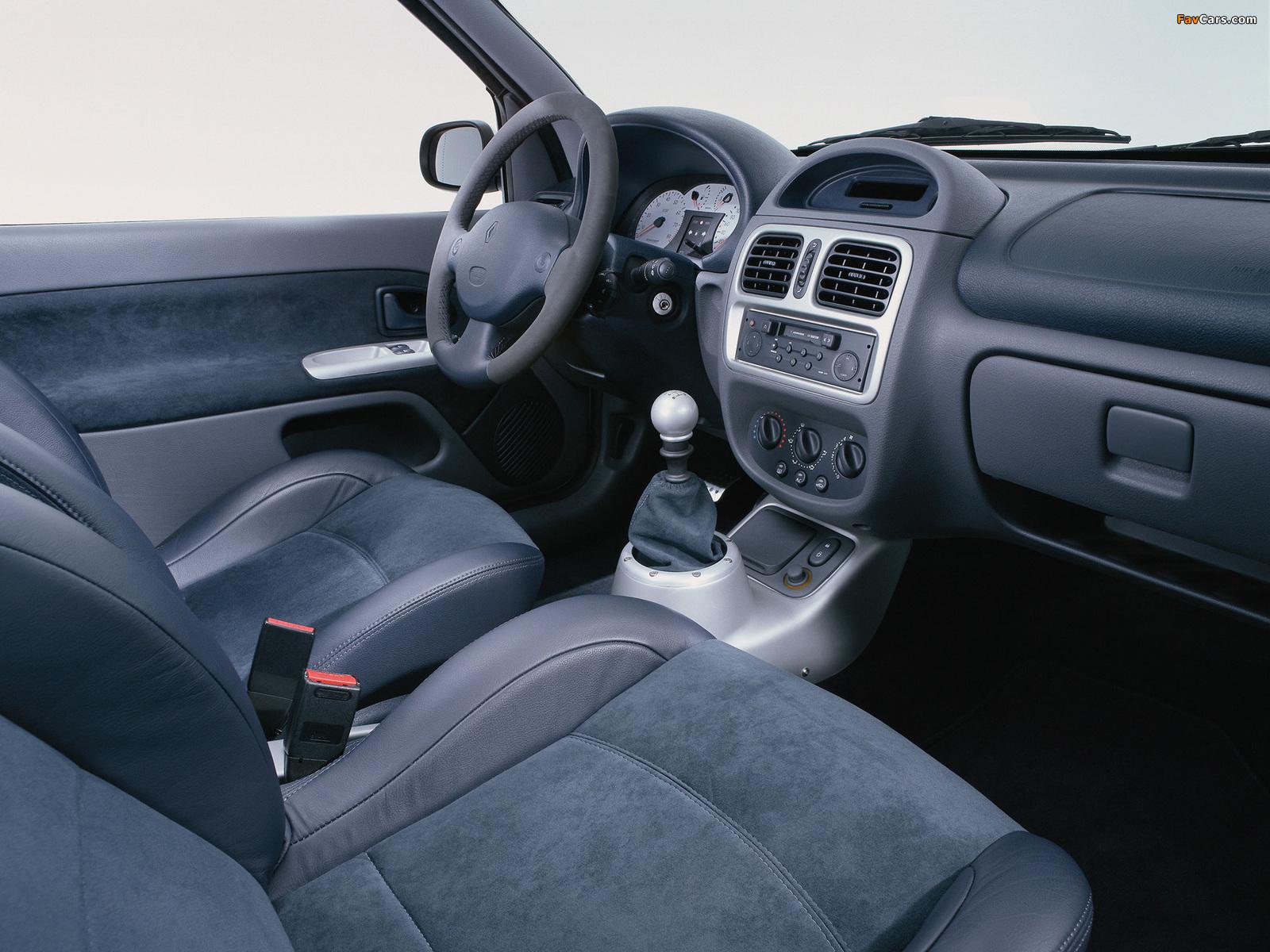 Photos of Renault Clio V6 Sport 1999–2001 (1600 x 1200)