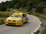 Photos of Renault Clio Super 1600 2003