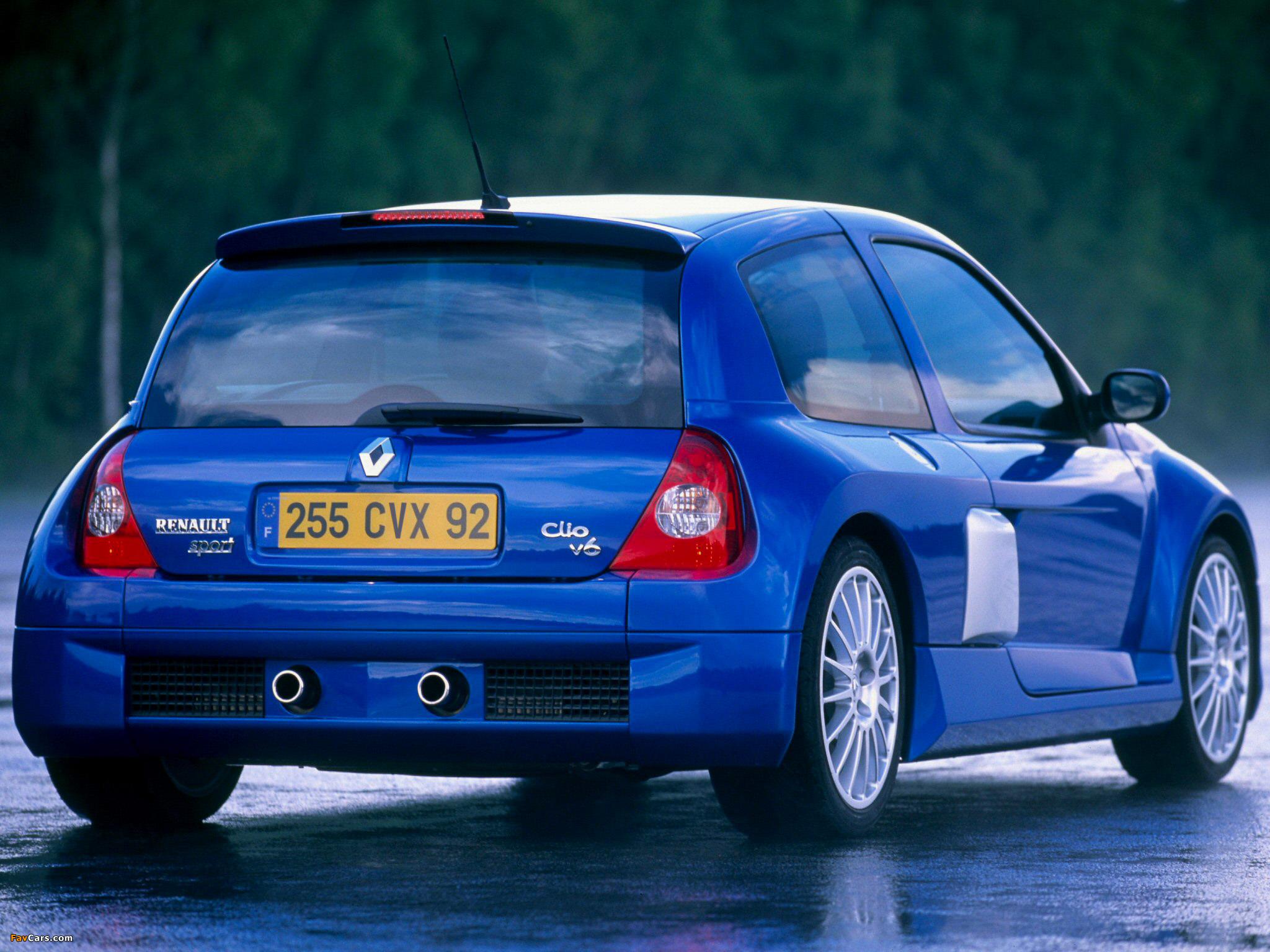 Photos of Renault Clio V6 Sport 2003–04 (2048 x 1536)