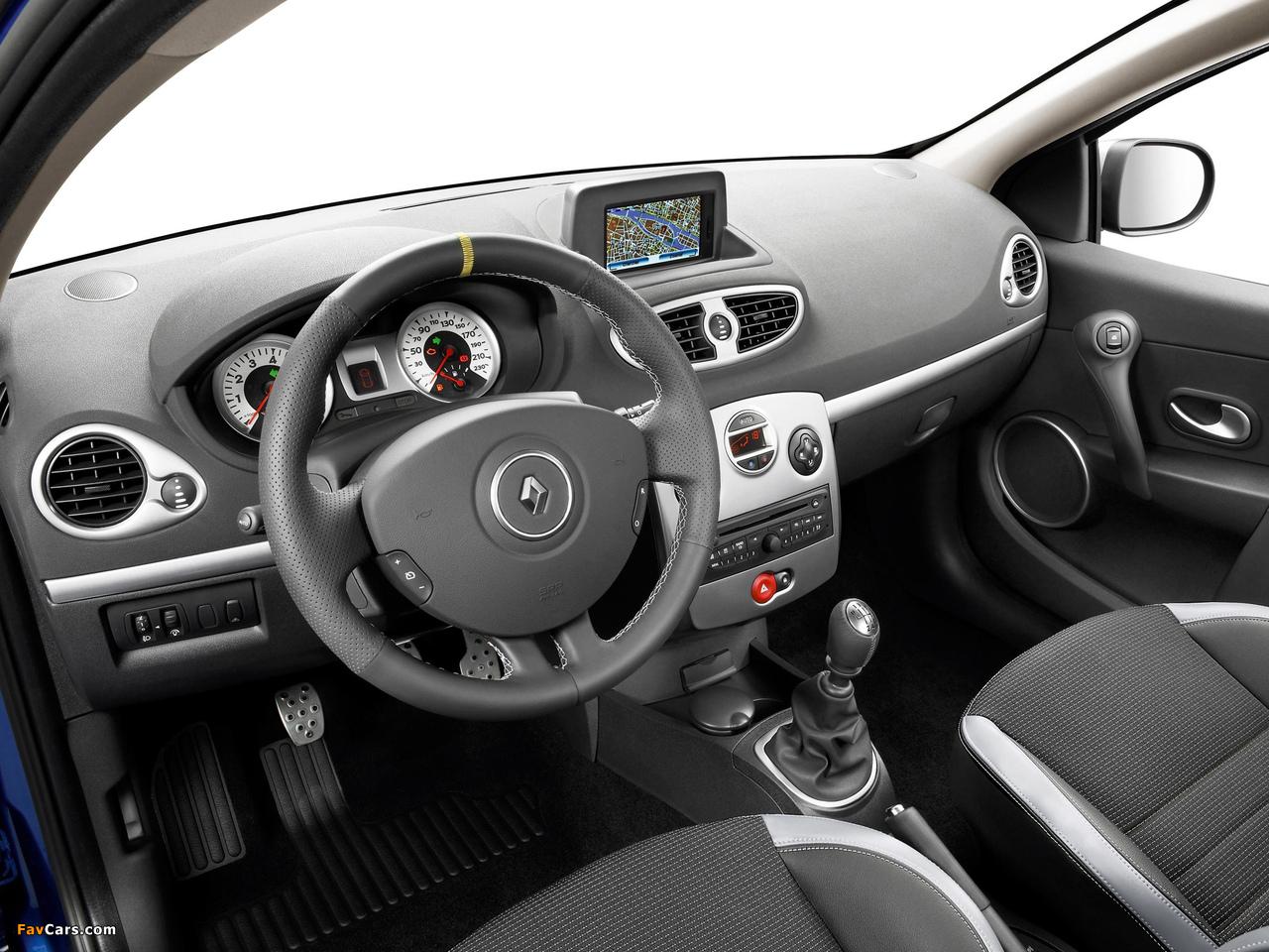 Photos of Renault Clio GT 2009–12 (1280 x 960)