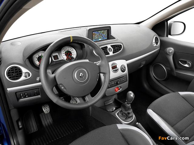 Photos of Renault Clio GT 2009–12 (640 x 480)