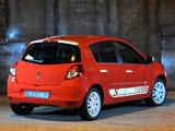 Photos of Renault Clio S 5-door ZA-spec 2010–12