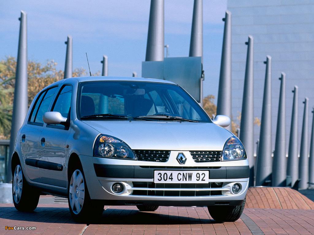 Pictures of Renault Clio 5-door 2001–05 (1024 x 768)