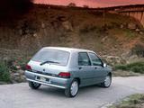 Renault Clio 5-door 1990–97 images