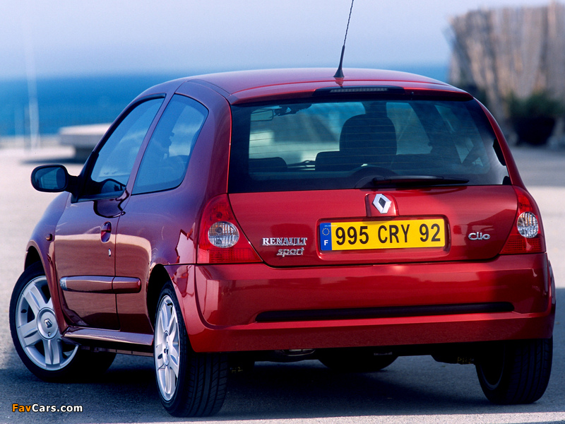 Renault Clio RS 2002–05 wallpapers (800 x 600)