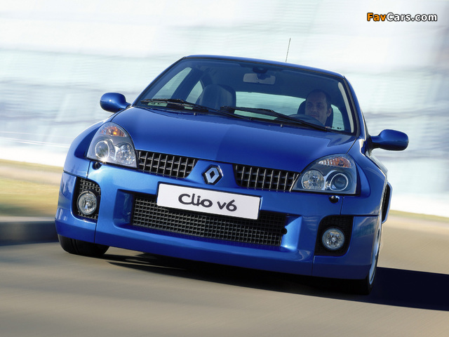 Renault Clio V6 Sport 2003–04 images (640 x 480)