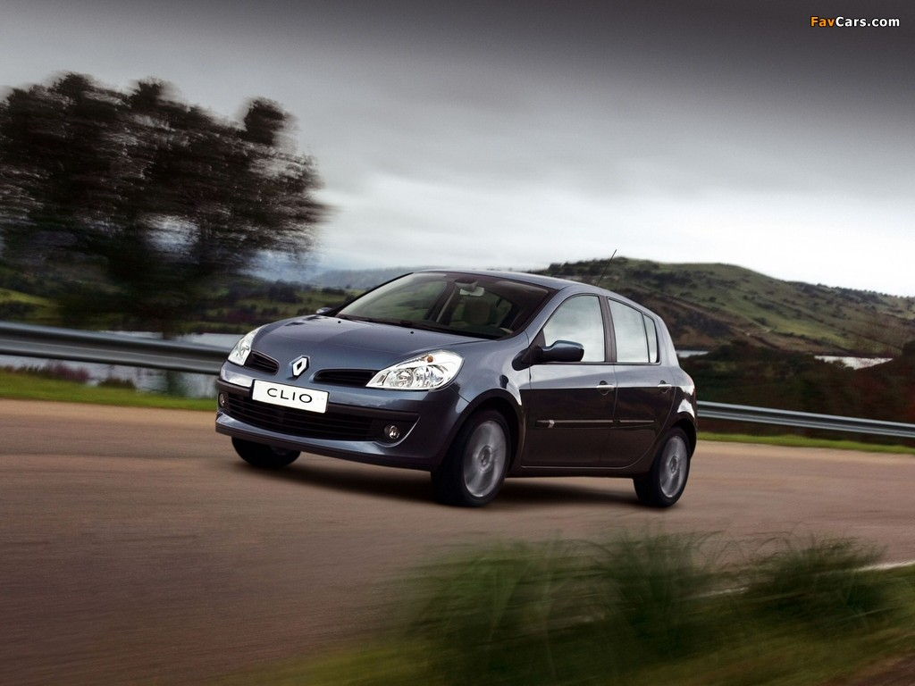 Renault Clio 5-door 2005–09 images (1024 x 768)