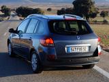 Renault Clio Grandtour 2009–12 images
