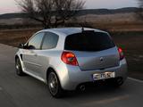Renault Clio R.S. 2009–12 images