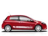 Renault Clio S 3-door 2010–12 images