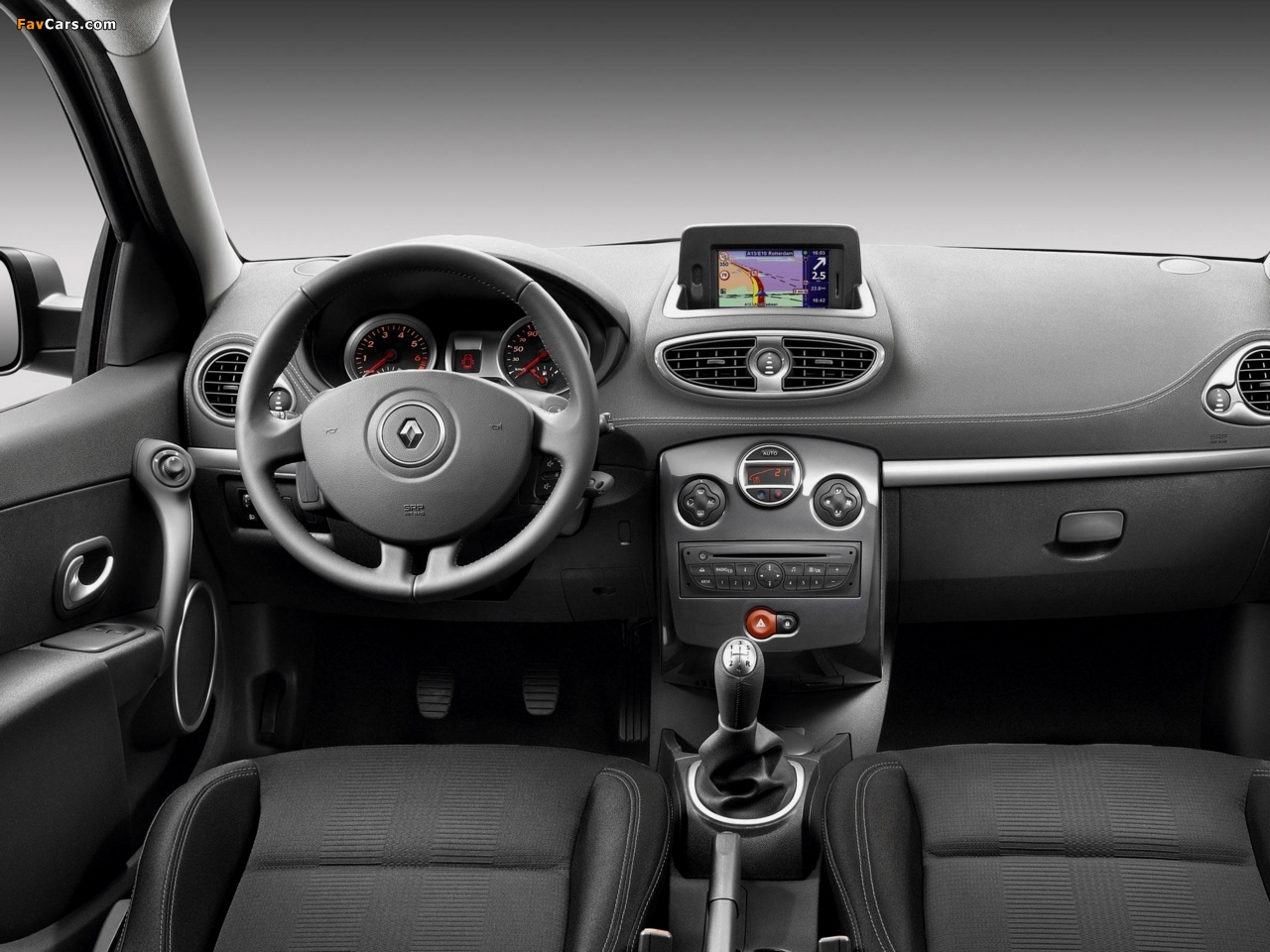 Renault Clio 20th Limited Edition 2010 wallpapers (1280 x 960)