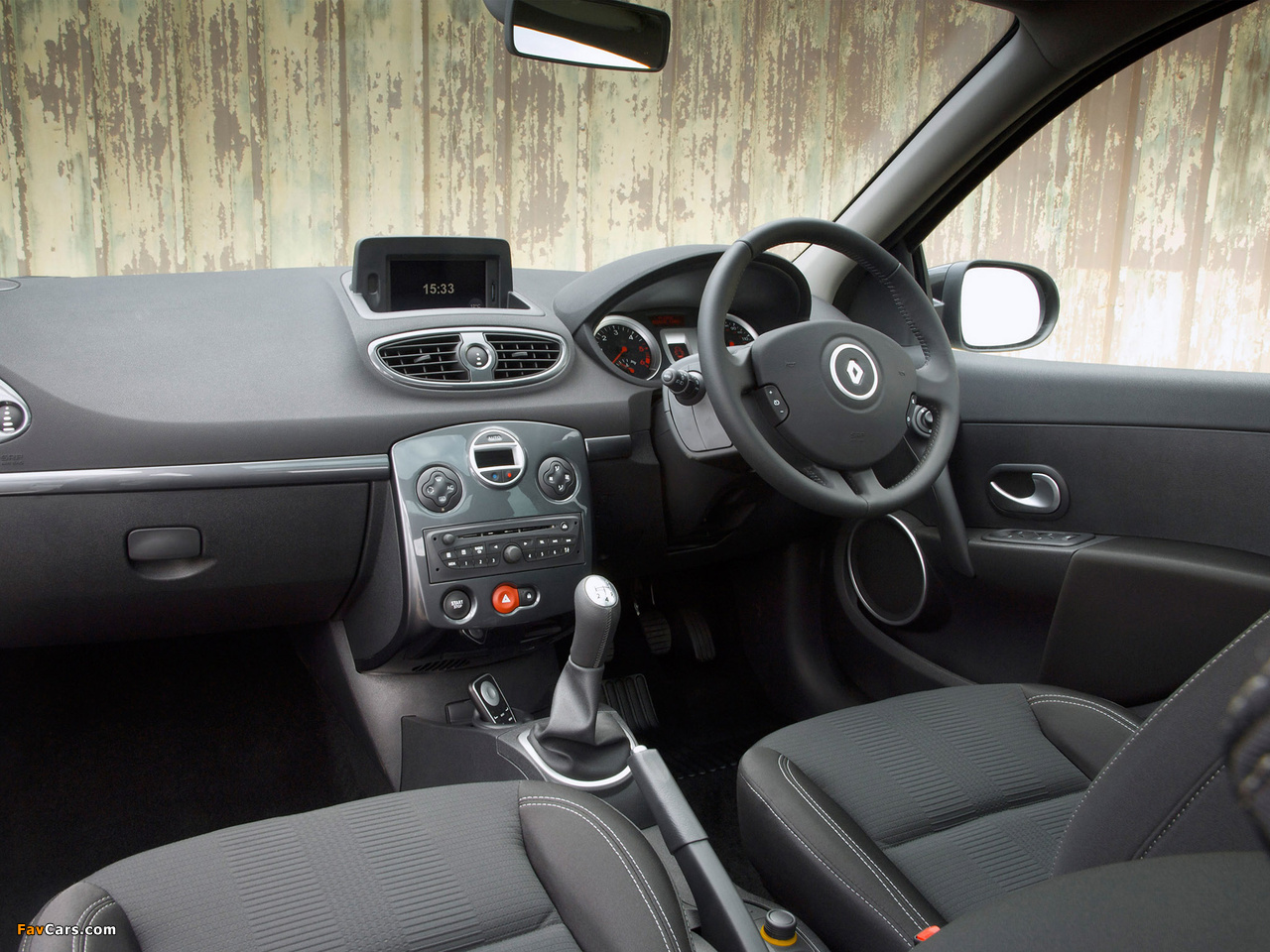 Renault Clio 20th Limited Edition UK-spec 2010 wallpapers (1280 x 960)