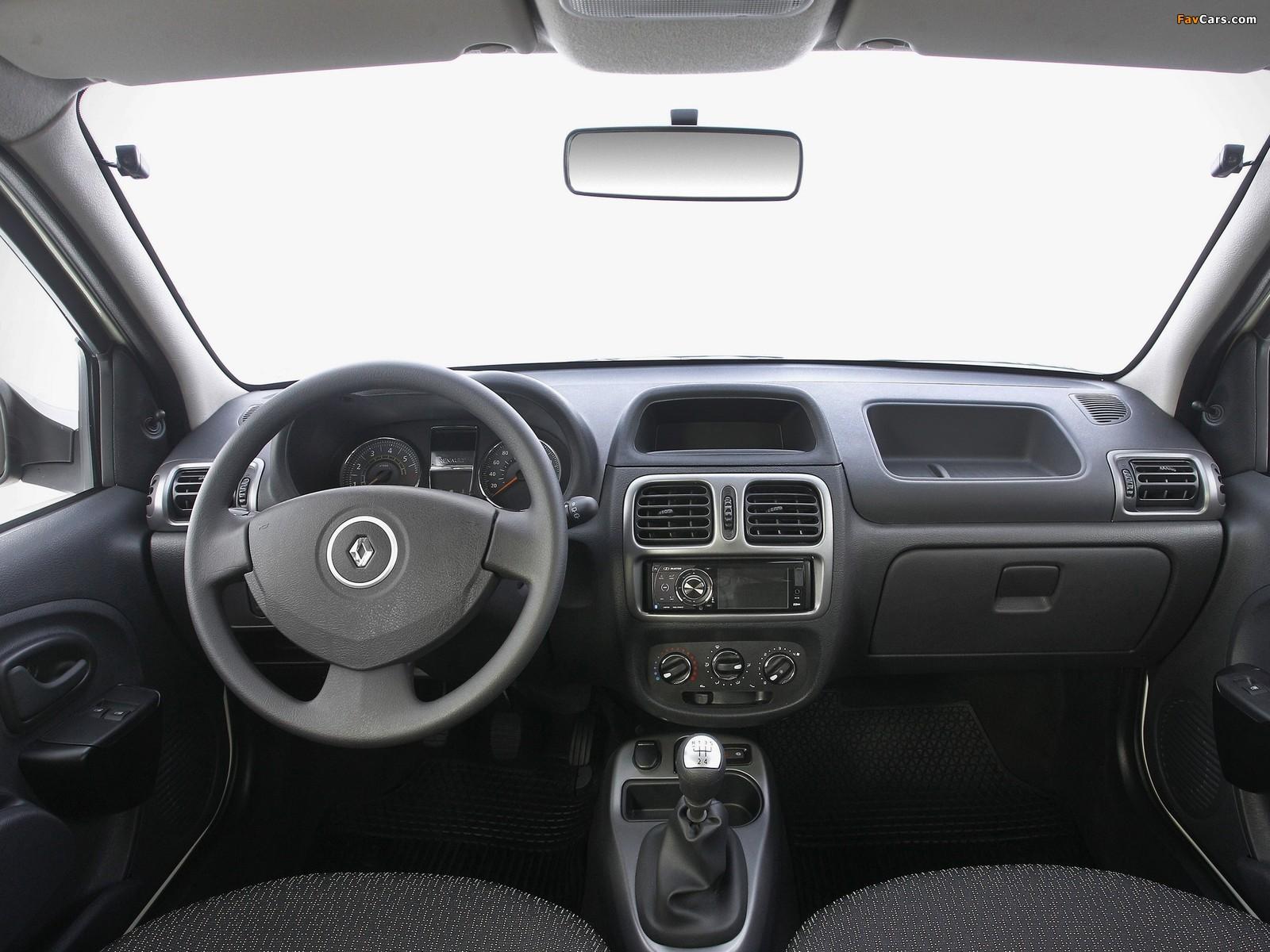 Renault Clio Mercosur 5-door 2012 wallpapers (1600 x 1200)