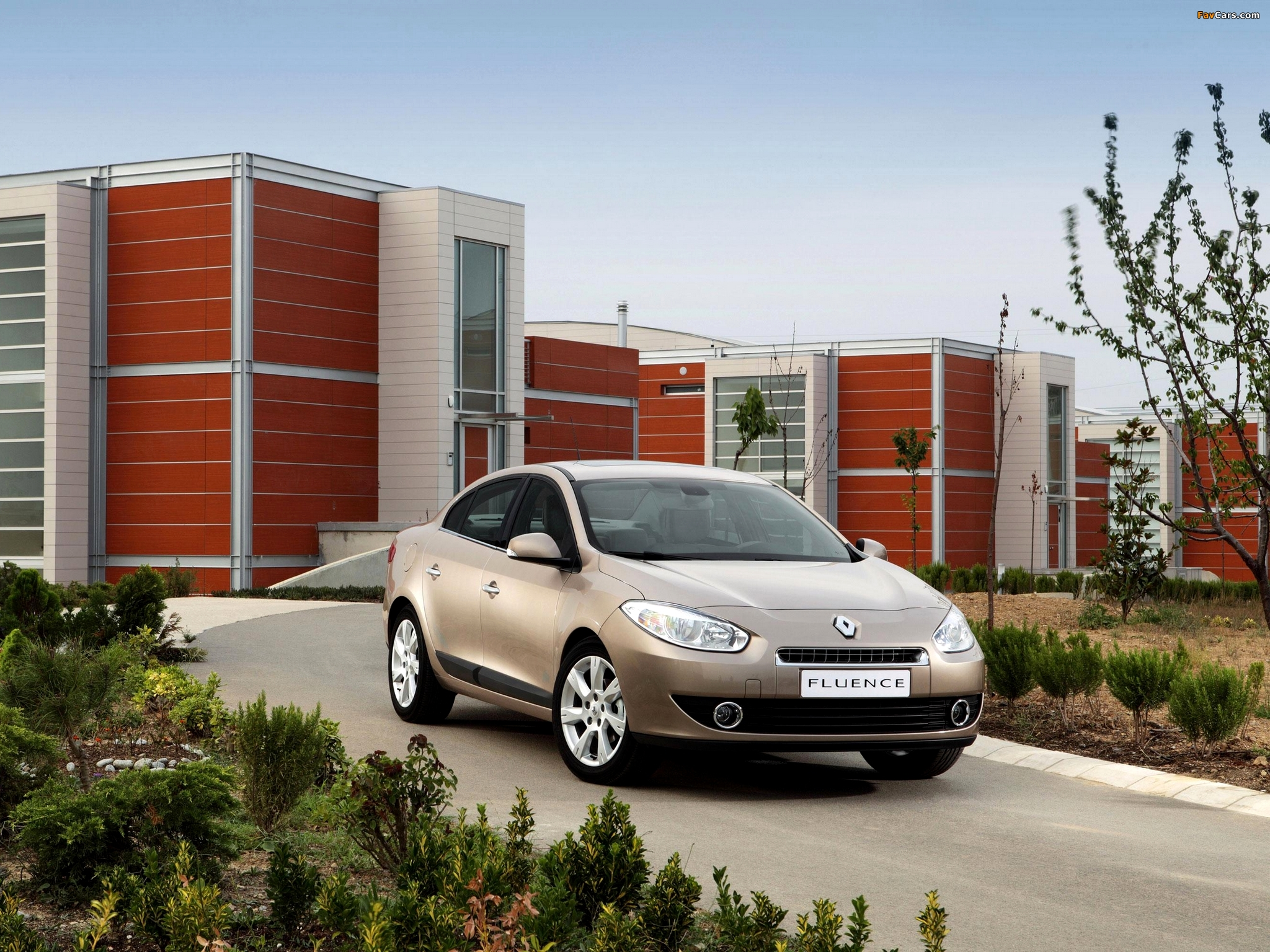 Images of Renault Fluence 2009 (2048 x 1536)