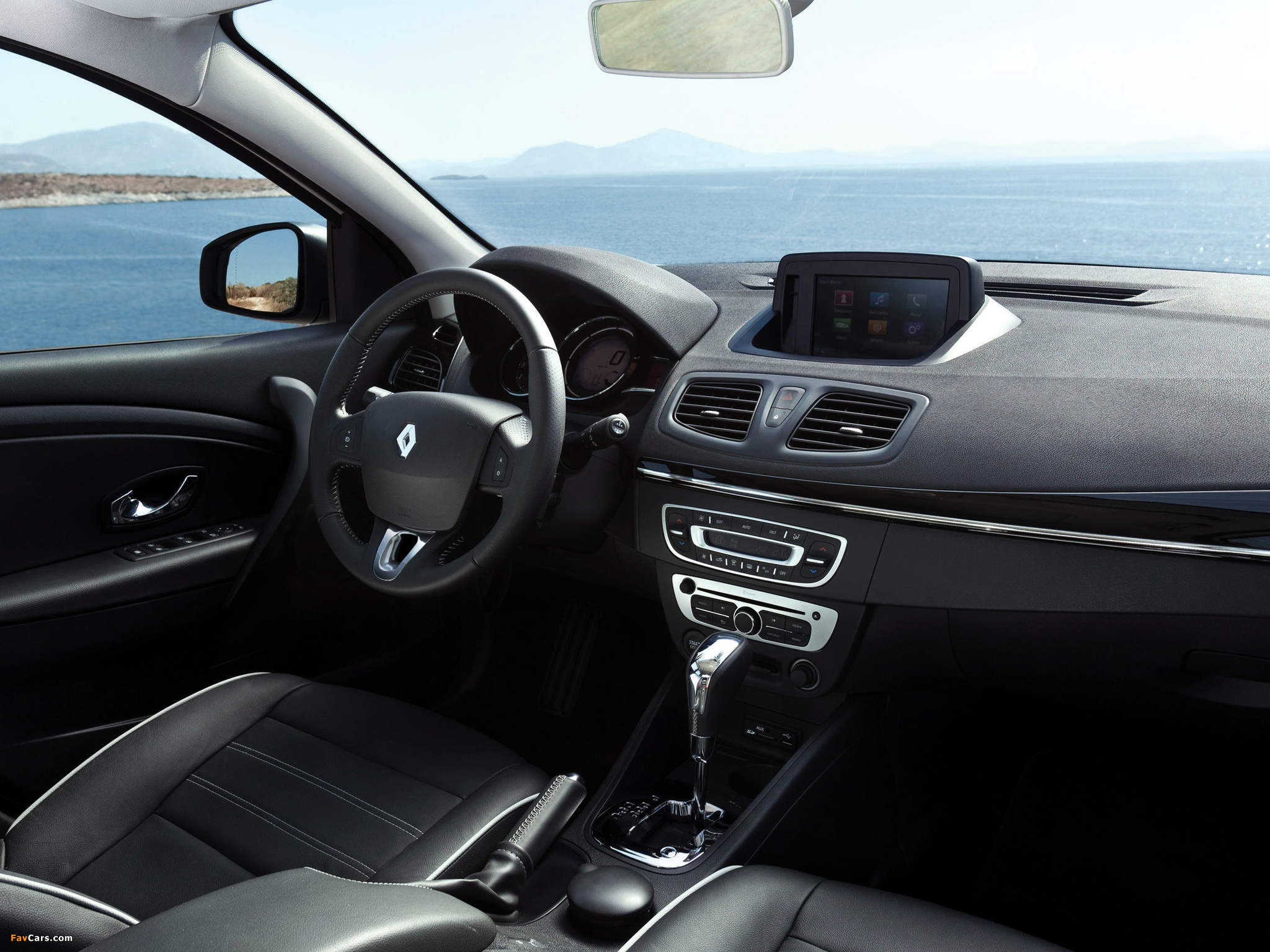 Renault Fluence 2012 pictures (2048 x 1536)