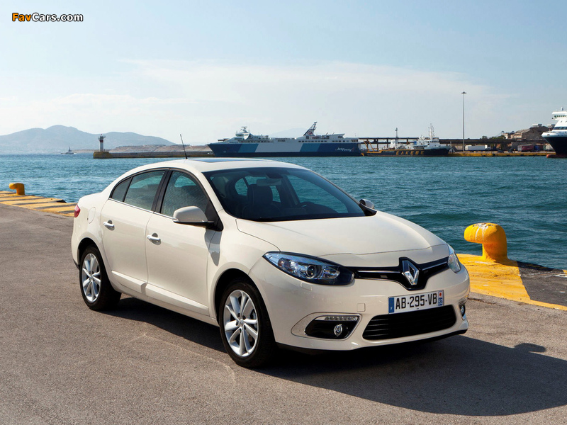Renault Fluence 2012 wallpapers (800 x 600)